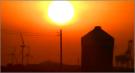 神野新田の夕日と風車群